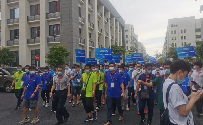 第一届广西(交科杯)工程测量职业技能大赛在南宁举行